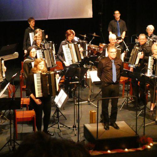 Akkordeonorchester Papenburg + Spielgruppe PICCOLO